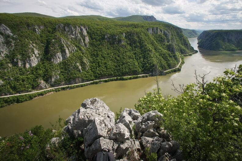 Spectacular Road Trips Romania's Top 5 Destinations
