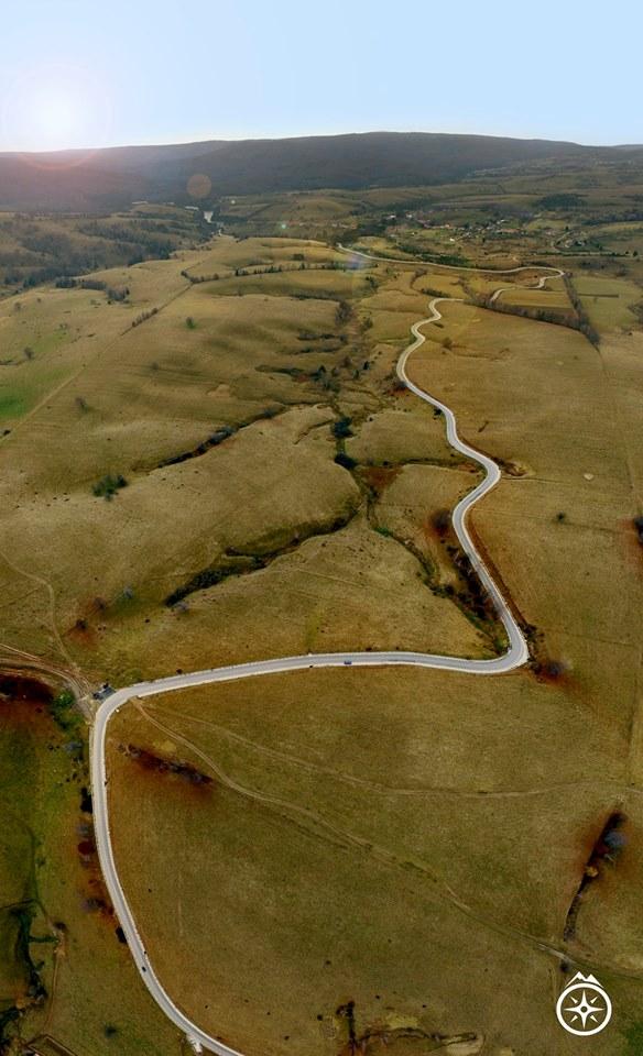 spectacular road trips Romania Trans-Semenic