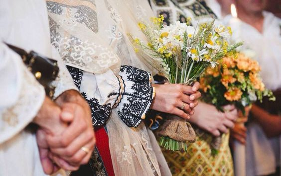 Romanian Rituals - Traditional wedding outfit Romania